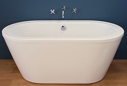 Hydra Freestanding Bath With Surround Panel (1500mm).