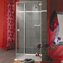 Lakes Italia Enclosure With 900mm Door & Tray. Right Hand. 900x800mm.