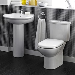 Crown Ceramics Otley 4 Piece Bathroom Suite With Toilet & 600mm Basin.