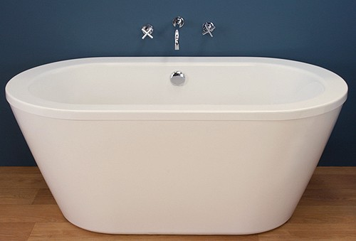 Additional image for Freestanding Bath With Surround Panel (1500mm).